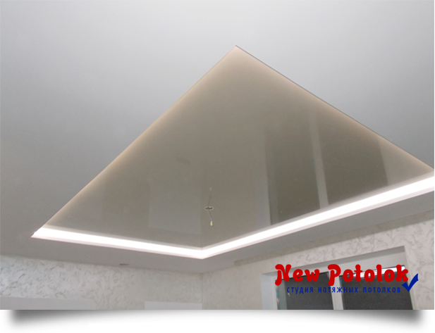 Перламутровый потолок